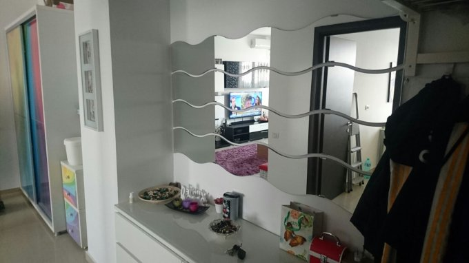 Apartament de vanzare in Constanta cu 2 camere, cu 1 grup sanitar, suprafata utila 57 mp. Pret: 62.500 euro. Usa intrare: Metal. Usi interioare: PVC.