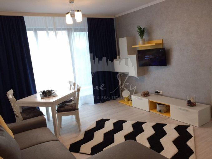 Apartament de inchiriat direct de la agentie imobiliara, in Constanta, in zona Mamaia Nord, cu 300 euro negociabil. 1 grup sanitar, suprafata utila 130 mp.