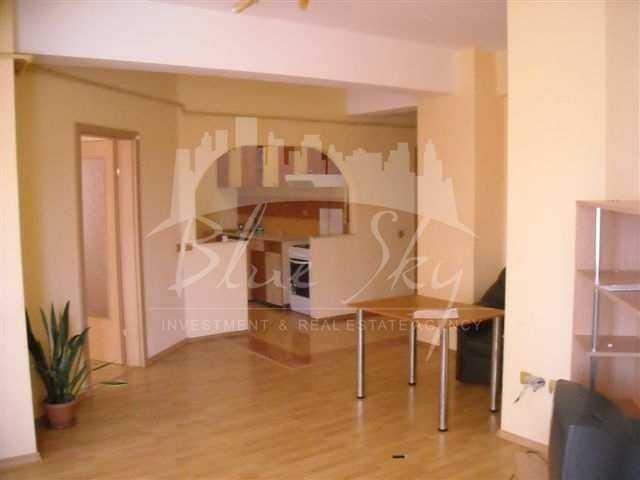 Apartament inchiriere Inel 2 cu 2 camere, etajul 2, 1 grup sanitar, cu suprafata de 65 mp. Constanta, zona Inel 2.