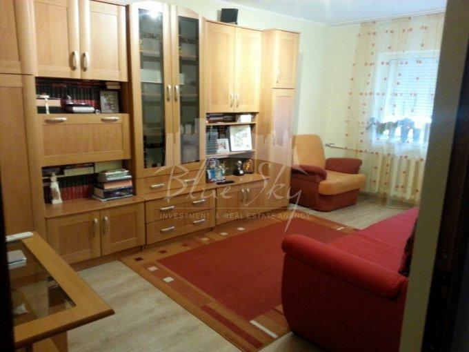Apartament de vanzare direct de la agentie imobiliara, in Constanta, in zona Poarta 6, cu 46.000 euro negociabil. 1 grup sanitar, suprafata utila 65 mp.