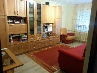 agentie imobiliara vand apartament decomandat, in zona Poarta 6, orasul Constanta