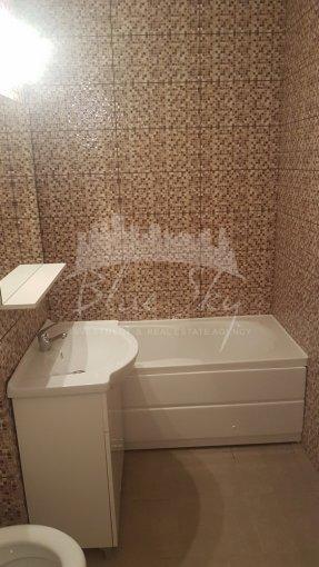 Apartament vanzare Inel 2 cu 2 camere, la Parter, 1 grup sanitar, cu suprafata de 53 mp. Constanta, zona Inel 2.