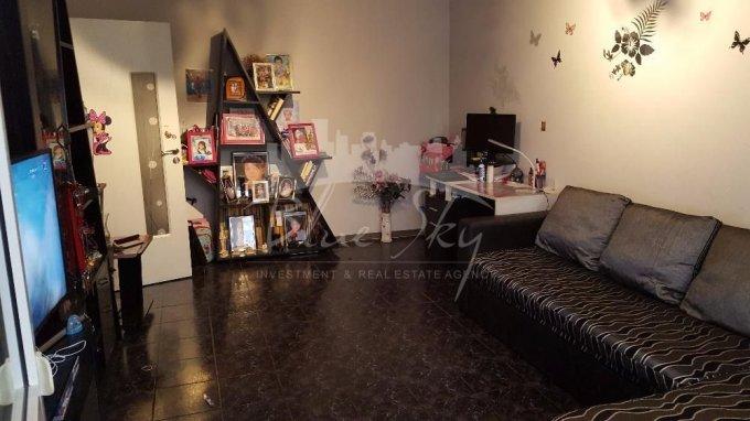 Apartament de vanzare direct de la agentie imobiliara, in Constanta, in zona Casa de Cultura, cu 57.000 euro negociabil. 1 grup sanitar, suprafata utila 54 mp.