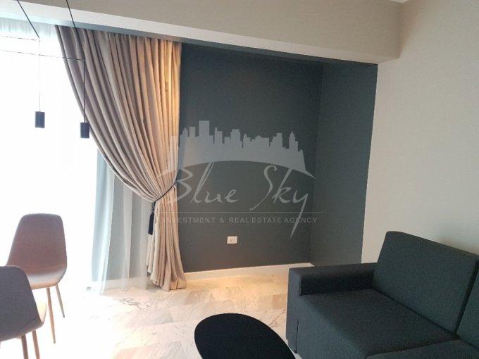 Apartament de inchiriat direct de la agentie imobiliara, in Constanta, in zona Delfinariu, cu 650 euro negociabil. 1 grup sanitar, suprafata utila 60 mp.