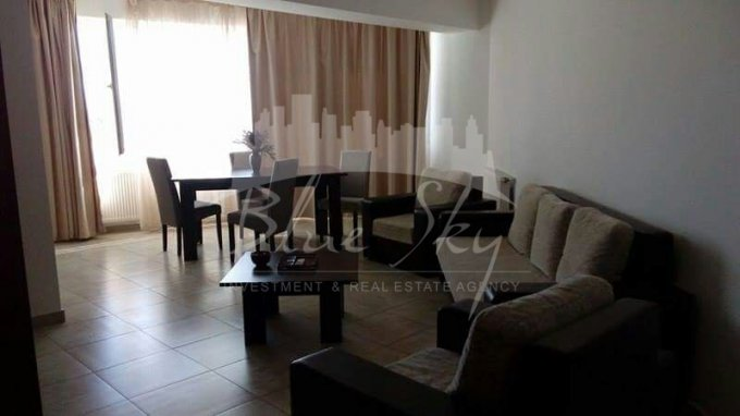Apartament inchiriere Constanta 2 camere, suprafata utila 85 mp, 1 grup sanitar. 250 euro negociabil. Etajul 3. Apartament Statiunea Mamaia Constanta