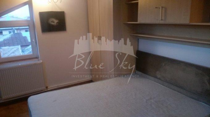 Apartament inchiriere Constanta 2 camere, suprafata utila 110 mp, 1 grup sanitar. 350 euro negociabil. Etajul 2. Apartament Trocadero Constanta