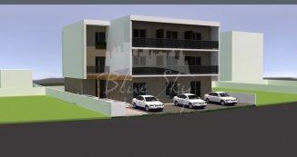 vanzare apartament decomandat, zona Mamaia Nord, orasul Constanta, suprafata utila 6488 mp