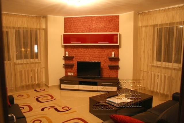 Apartament inchiriere Tomis 3 cu 2 camere, etajul 4 / 8, 1 grup sanitar, cu suprafata de 60 mp. Constanta, zona Tomis 3.
