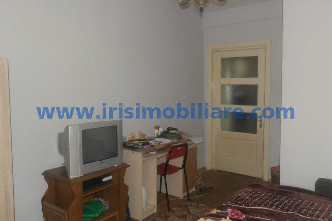 Apartament vanzare Centru cu 2 camere, etajul 4 / 5, 1 grup sanitar, cu suprafata de 62 mp. Constanta, zona Centru.