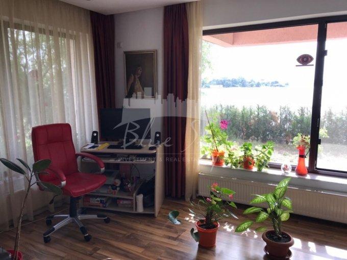 Apartament de vanzare direct de la agentie imobiliara, in Constanta, in zona Statiunea Mamaia, cu 125.000 euro negociabil. 1 grup sanitar, suprafata utila 85 mp.