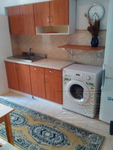 Apartament de vanzare direct de la agentie imobiliara, in Constanta, in zona Peninsula, cu 280 euro. 1  balcon, 1 grup sanitar, suprafata utila 55 mp.