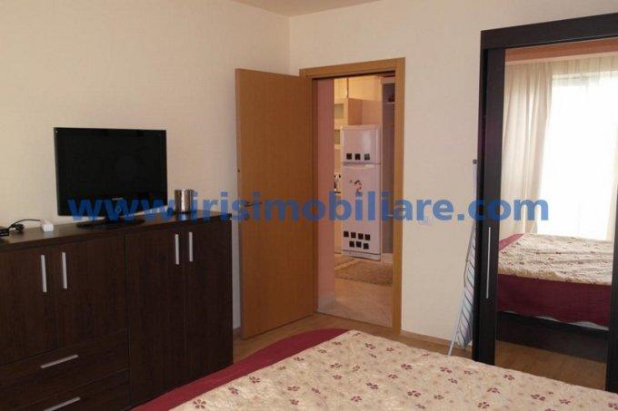 Apartament de inchiriat direct de la agentie imobiliara, in Constanta, in zona Statiunea Mamaia, cu 350 euro. 1  balcon, 1 grup sanitar, suprafata utila 60 mp. Mobilat modern.