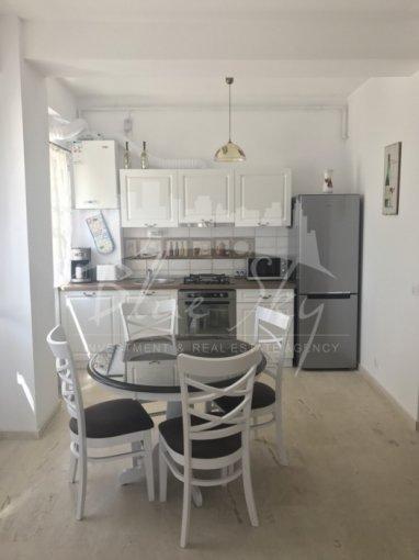 Apartament de vanzare direct de la agentie imobiliara, in Constanta, in zona Mamaia Nord, cu 74.000 euro negociabil. 1 grup sanitar, suprafata utila 68 mp.