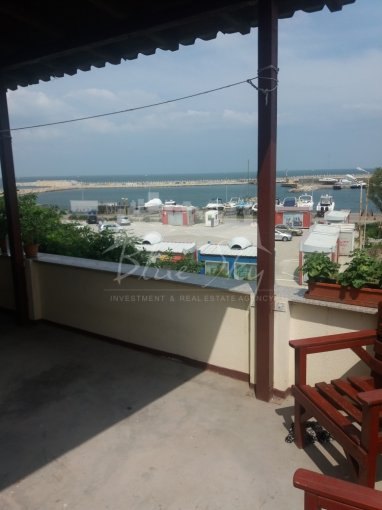 vanzare Apartament Constanta cu 2 camere, cu 1 grup sanitar, suprafata utila 130 mp. Pret: 130.000 euro negociabil.