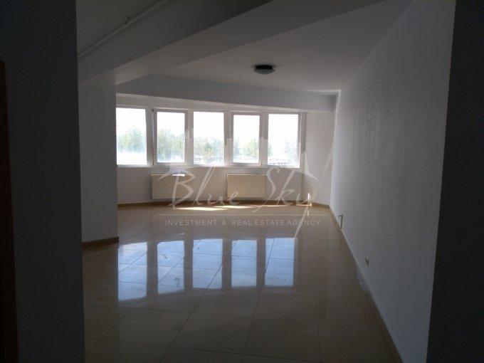 Apartament vanzare Statiunea Mamaia cu 2 camere, etajul 5, 1 grup sanitar, cu suprafata de 78 mp. Constanta, zona Statiunea Mamaia.