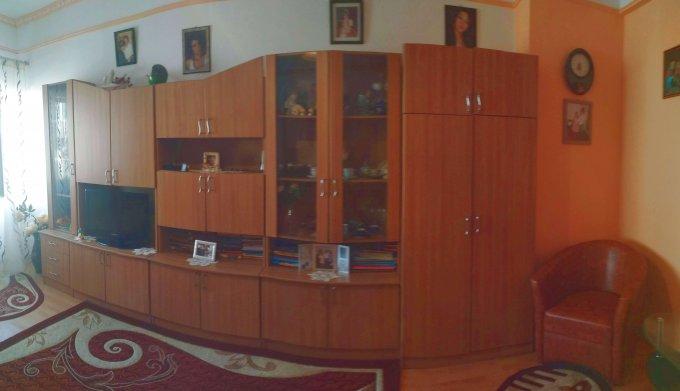 Apartament vanzare Centru cu 2 camere, etajul 3 / 4, 1 grup sanitar, cu suprafata de 57 mp. Constanta, zona Centru.