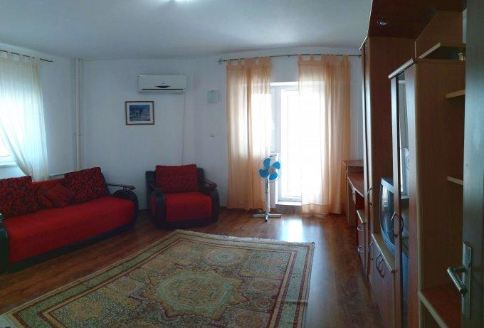 Apartament vanzare Tomis Nord cu 2 camere, etajul 3, 1 grup sanitar, cu suprafata de 55 mp. Constanta, zona Tomis Nord.