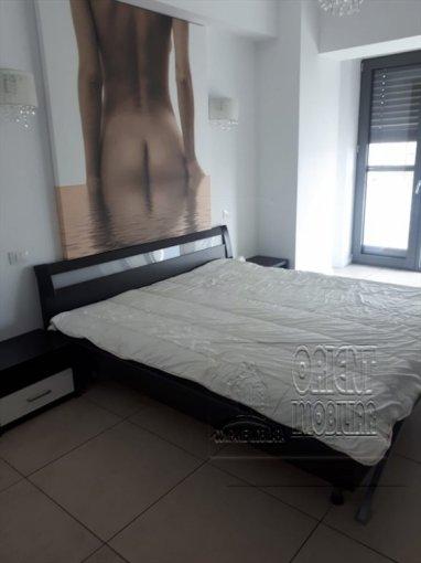 vanzare Apartament Constanta cu 2 camere, cu 1 grup sanitar, suprafata utila 49 mp. Pret: 73.000 euro. Incalzire: Centrala proprie a locuintei. Racire: Aer conditionat.