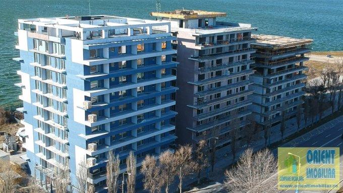 Apartament de vanzare direct de la agentie imobiliara, in Constanta, in zona Statiunea Mamaia, cu 75.000 euro. 1  balcon, 1 grup sanitar, suprafata utila 73 mp.