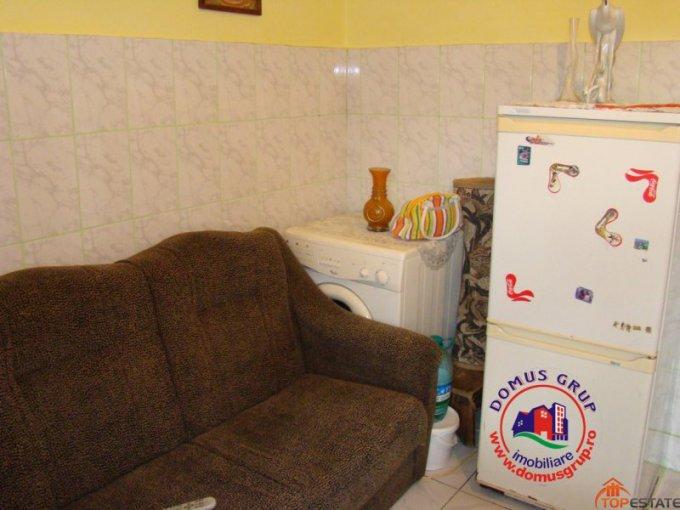agentie imobiliara vand apartament decomandata, in zona Km 5, orasul Constanta