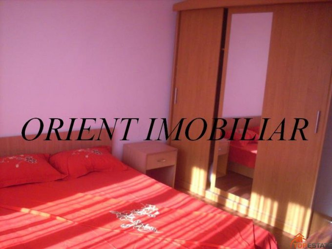 inchiriere apartament decomandata, zona Casa de Cultura, orasul Constanta, suprafata utila 54 mp