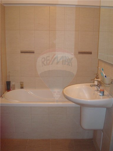 Apartament cu 2 camere de vanzare, confort Lux, zona Tomis 2,  Constanta
