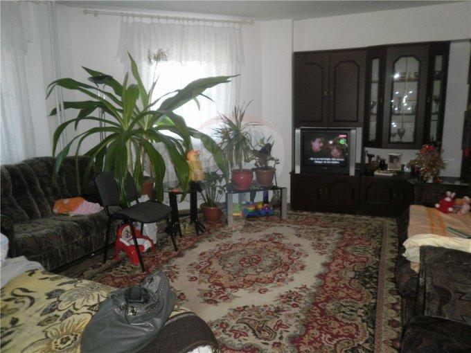 vanzare apartament decomandata, zona Faleza Nord, orasul Constanta, suprafata utila 65 mp