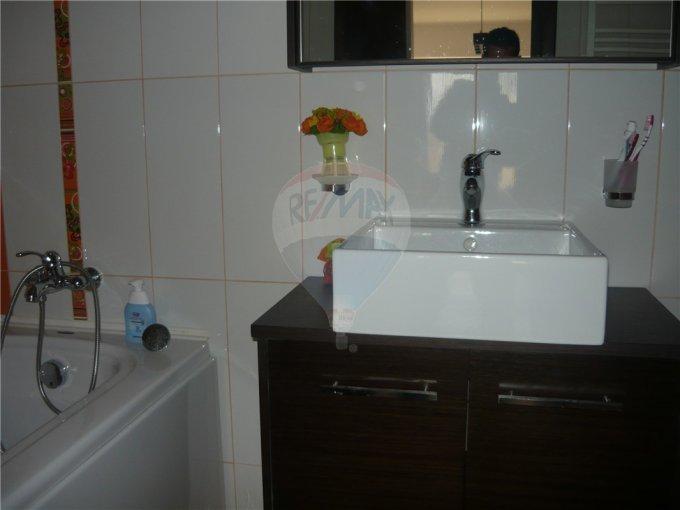 agentie imobiliara vand apartament decomandata, localitatea Mamaia