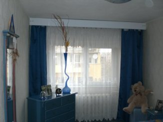 vanzare apartament cu 2 camere, decomandata, in zona Ultracentral, orasul Constanta