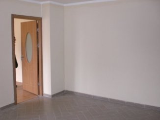 agentie imobiliara vand apartament decomandata, in zona Poarta 6, orasul Constanta