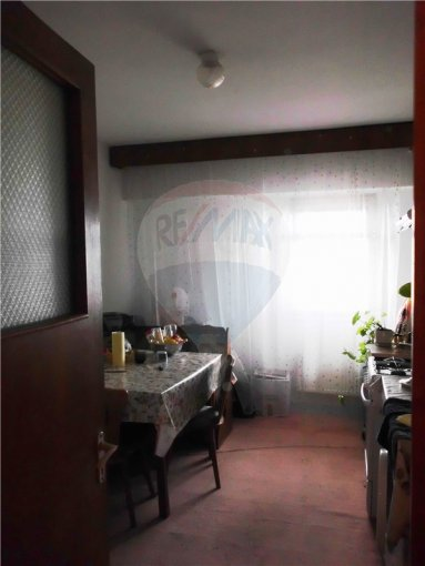 vanzare apartament decomandat, zona Faleza Nord, orasul Constanta, suprafata utila 62 mp
