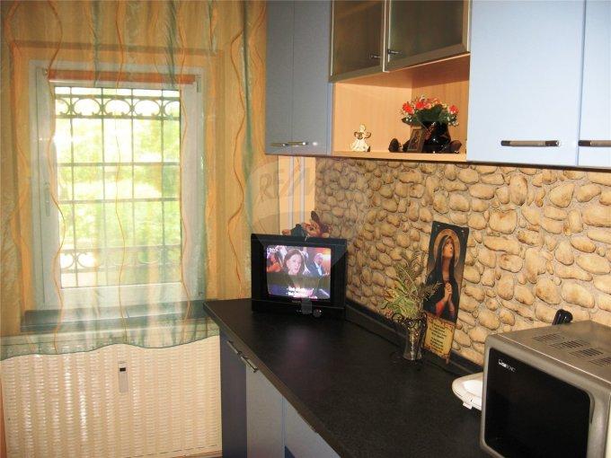 vanzare apartament semidecomandata, zona Primo, orasul Constanta, suprafata utila 58 mp