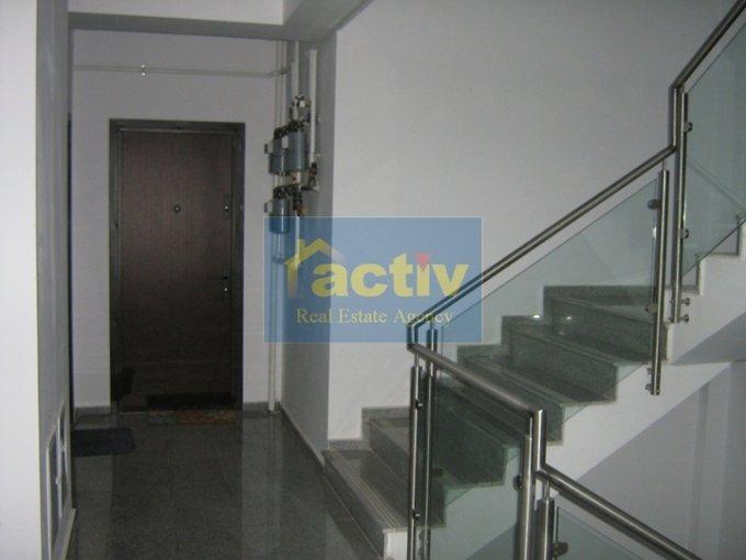 agentie imobiliara vand apartament semidecomandat, in zona Tomis Plus, orasul Constanta