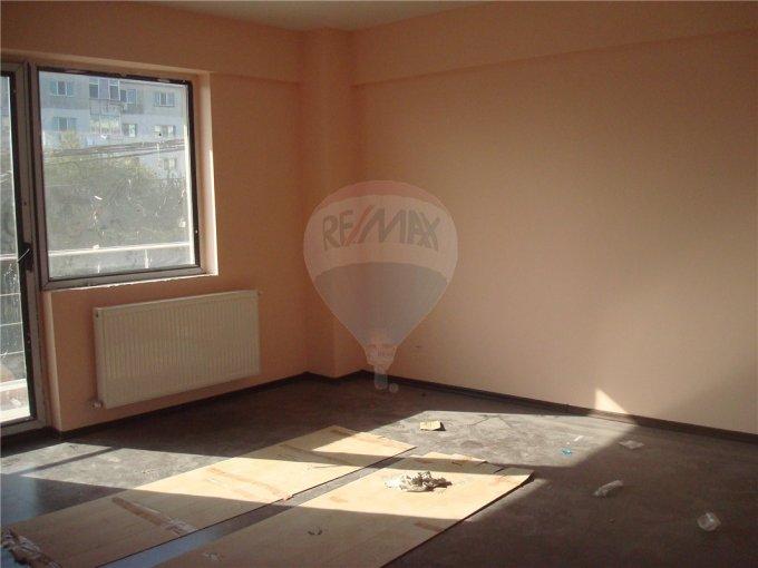 vanzare apartament cu 2 camere, decomandat, in zona Km 5, orasul Constanta