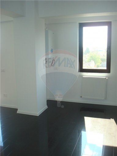 Constanta, zona Km 5, apartament cu 2 camere de vanzare