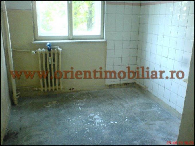 vanzare apartament decomandata, zona Centru, orasul Constanta, suprafata utila 54 mp