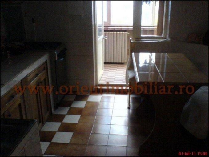 vanzare apartament cu 2 camere, decomandata, in zona Centru, orasul Constanta