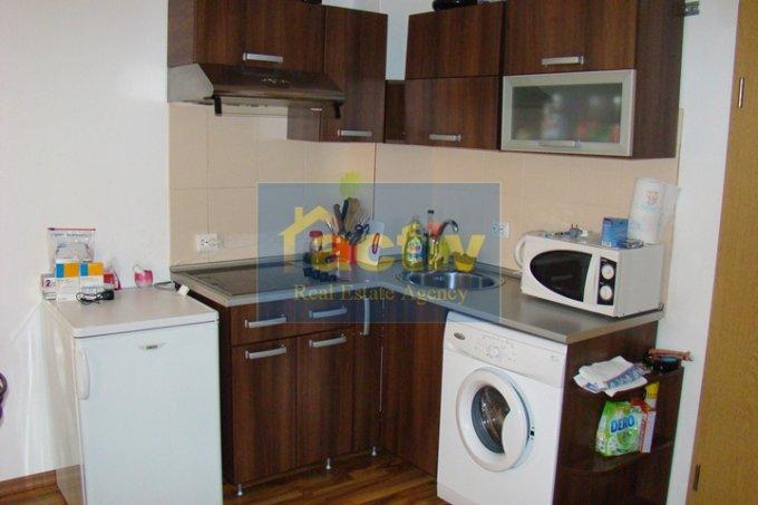 agentie imobiliara vand apartament decomandat, in zona Mamaia statiune, orasul Constanta
