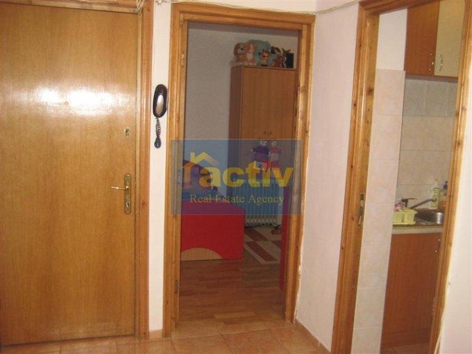 vanzare apartament cu 2 camere, decomandat, in zona Tomis 3, orasul Constanta