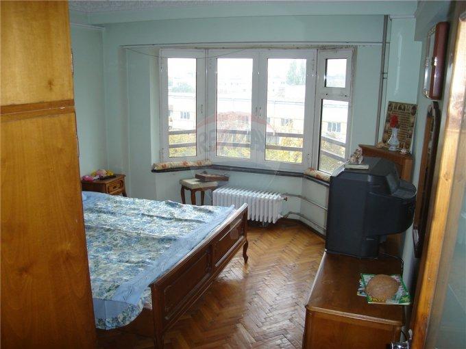 Apartament cu 2 camere de vanzare, confort Lux, zona Ferdinand,  Constanta