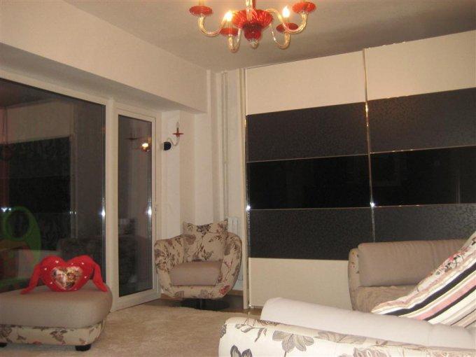 Apartament cu 2 camere de vanzare, confort Lux, zona Delfinariu,  Constanta