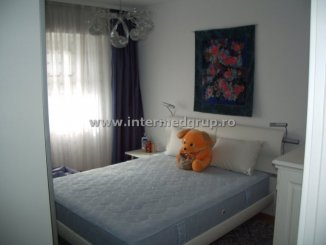 vanzare apartament decomandat, zona Tomis 3, orasul Constanta, suprafata utila 60 mp