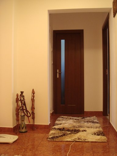 vanzare apartament decomandat, zona Dorally, orasul Constanta, suprafata utila 55 mp