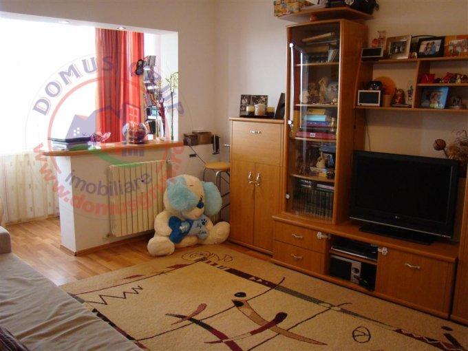 vanzare apartament cu 2 camere, decomandat, in zona Km 4-5, orasul Constanta