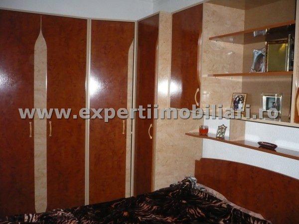 vanzare apartament decomandat, zona Casa de Cultura, orasul Constanta, suprafata utila 55 mp