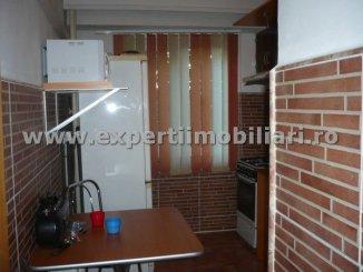 vanzare apartament cu 2 camere, decomandat, in zona Casa de Cultura, orasul Constanta