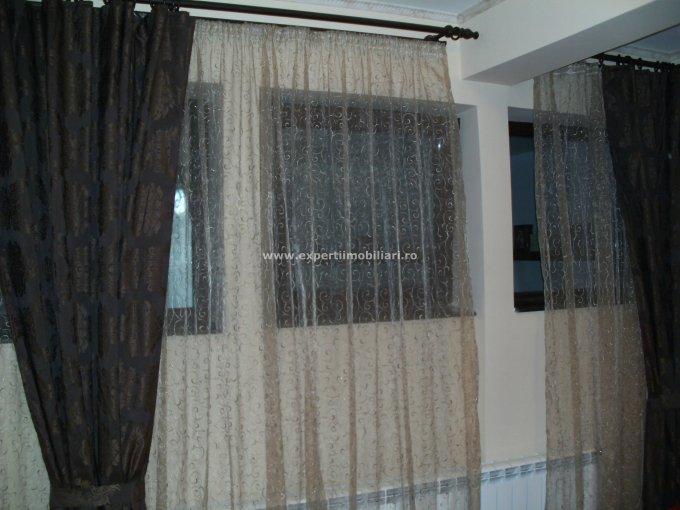 Apartament cu 2 camere de vanzare, confort Lux, zona Centru,  Constanta