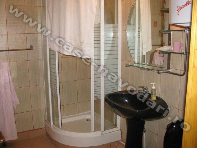 Apartament cu 2 camere de vanzare, confort Lux, zona Sud,  Navodari Constanta