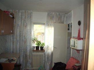 Apartament cu 2 camere de vanzare, confort Lux, zona Km 5,  Constanta