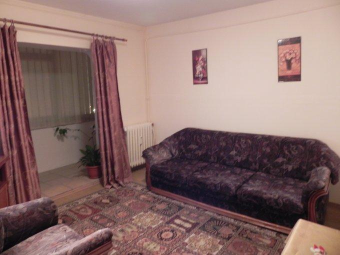 inchiriere apartament decomandat, zona Trocadero, orasul Constanta, suprafata utila 60 mp